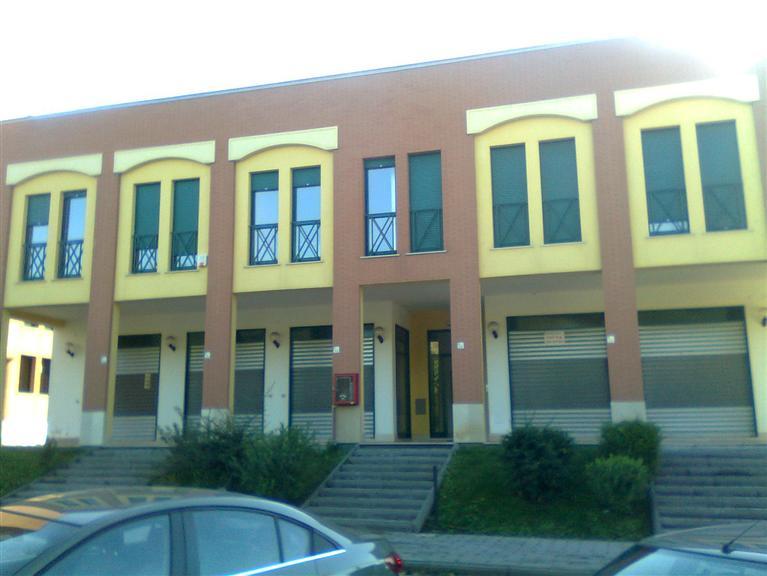 Ufficio / Studio in vendita a Baronissi, 4 locali, prezzo € 159.000 | Cambio Casa.it