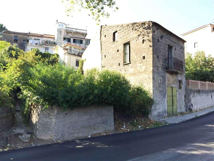Rustico / Casale in vendita a Salerno, 4 locali, zona Zona: Matierno, prezzo € 145.000 | Cambio Casa.it