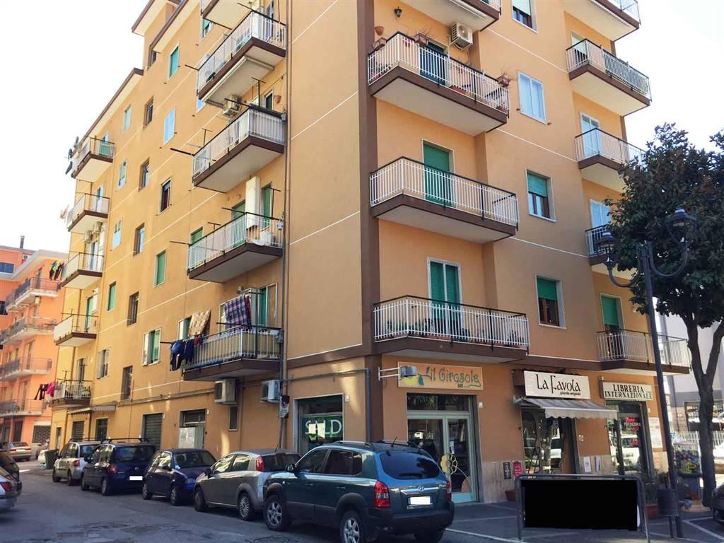 Appartamento in affitto a Baronissi, 3 locali, prezzo € 530 | Cambio Casa.it