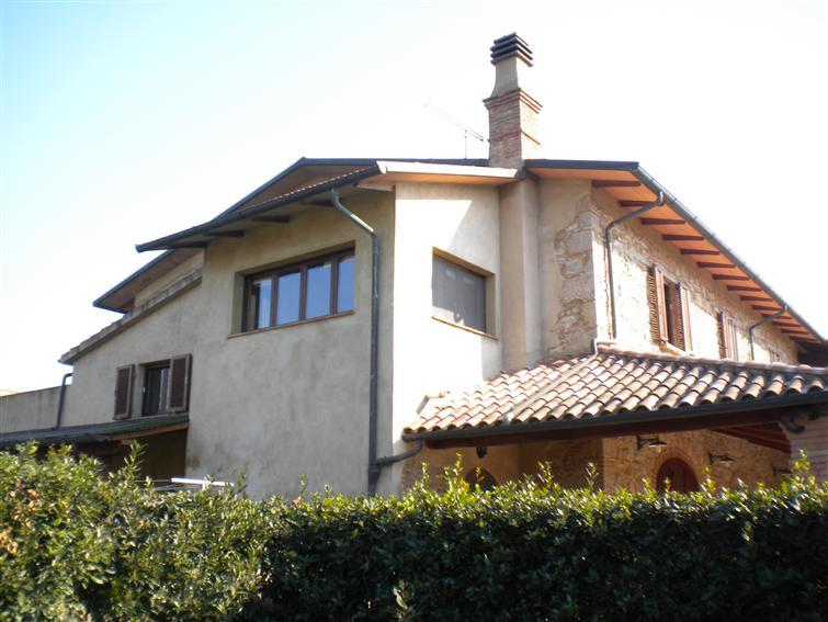 Rustico / Casale in vendita a Bibbona, 6 locali, prezzo € 380.000 | CambioCasa.it
