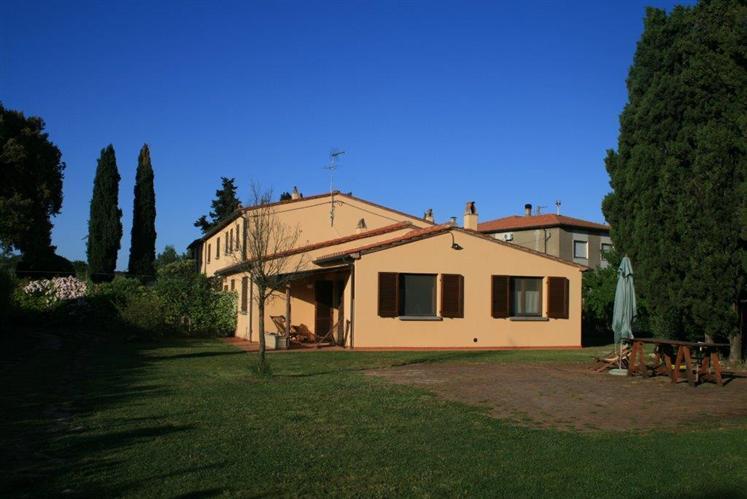 Villa in vendita a Castagneto Carducci, 4 locali, prezzo € 430.000 | Cambio Casa.it