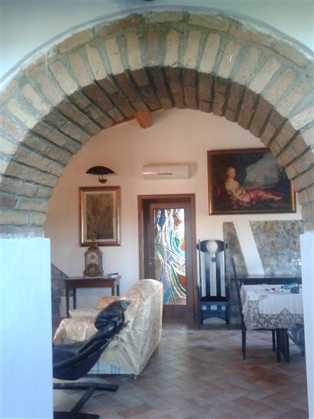 Villa in vendita a Collesalvetti, 3 locali, prezzo € 290.000 | Cambio Casa.it