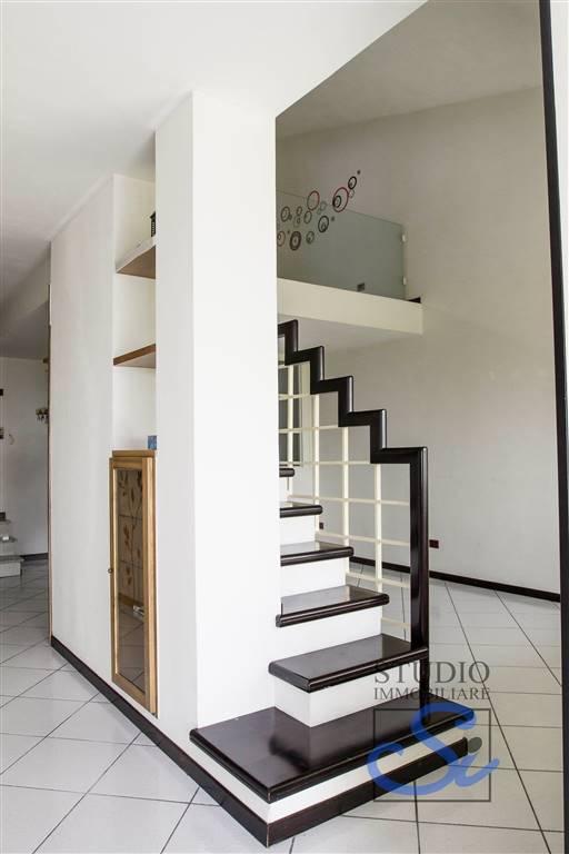 Villa Bifamiliare - Montale