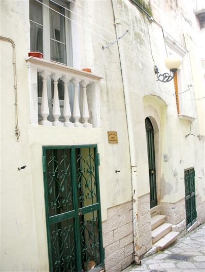 Soluzione Indipendente in vendita a Canosa di Puglia, 4 locali, prezzo € 48.000 | Cambio Casa.it