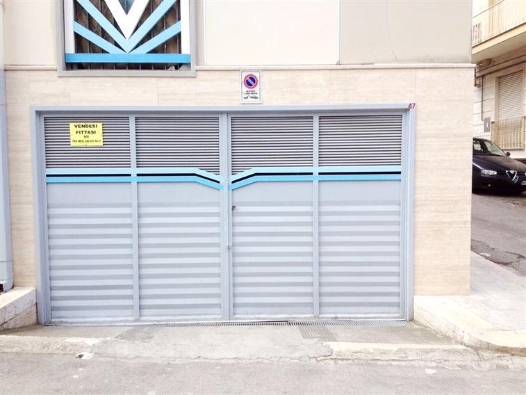 Vendita appartamento indipendente canosa di puglia for Appartamento garage a piano singolo
