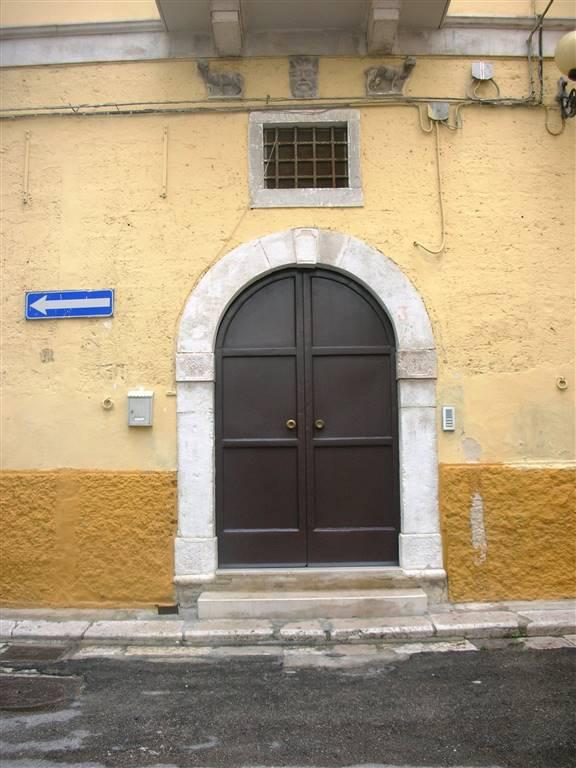 Appartamento in vendita a Canosa di Puglia, 4 locali, prezzo € 50.000 | Cambio Casa.it