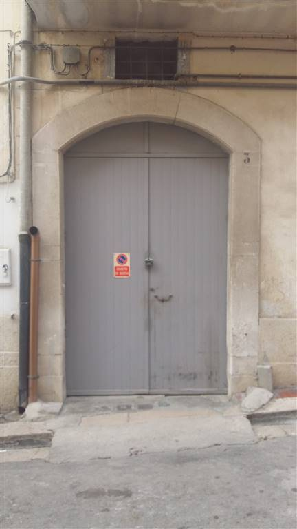 Box / Garage in vendita a Canosa di Puglia, 1 locali, prezzo € 50.000 | CambioCasa.it