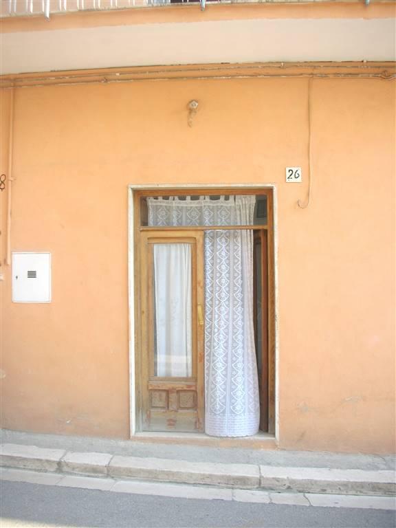 Soluzione Indipendente in vendita a Canosa di Puglia, 2 locali, prezzo € 60.000 | Cambio Casa.it