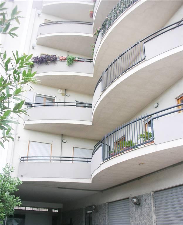 Appartamento in vendita a Canosa di Puglia, 4 locali, prezzo € 140.000 | Cambio Casa.it