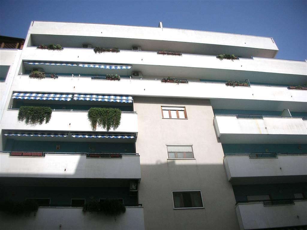 Appartamento in vendita a Canosa di Puglia, 4 locali, prezzo € 160.000 | Cambio Casa.it
