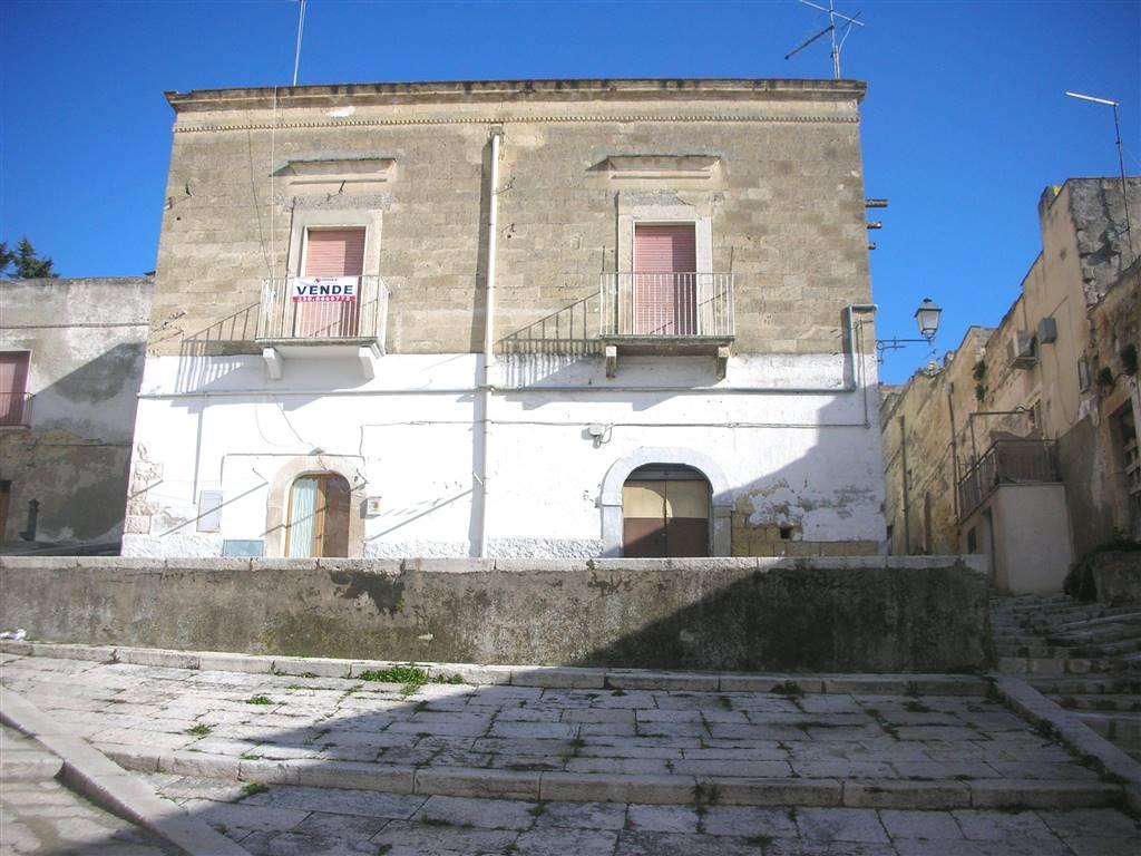 Soluzione Indipendente in vendita a Canosa di Puglia, 5 locali, prezzo € 49.000 | Cambio Casa.it