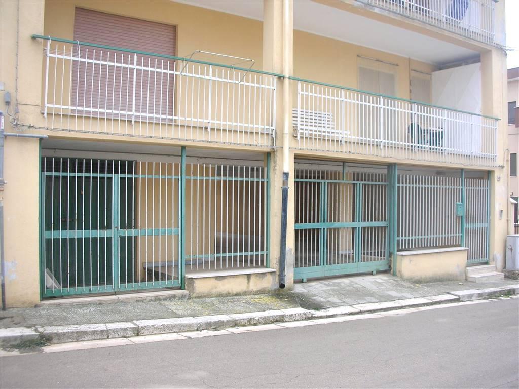Appartamento in vendita a Canosa di Puglia, 3 locali, prezzo € 105.000 | Cambio Casa.it