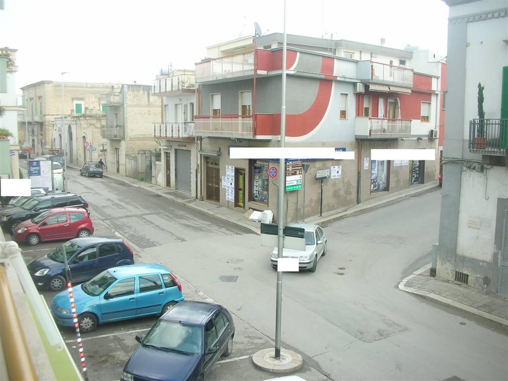 Appartamento in vendita a Canosa di Puglia, 4 locali, prezzo € 173.000 | Cambio Casa.it
