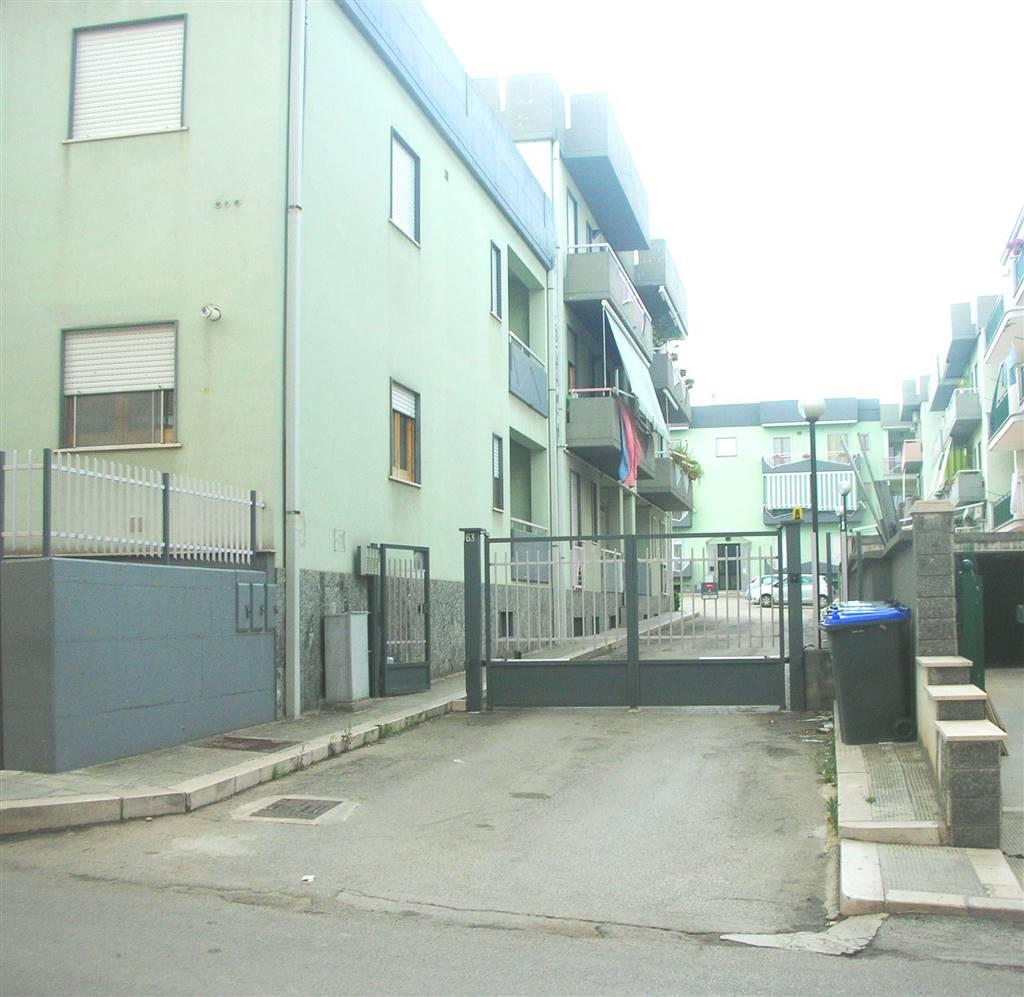 Appartamento in vendita a Canosa di Puglia, 4 locali, prezzo € 128.000 | CambioCasa.it