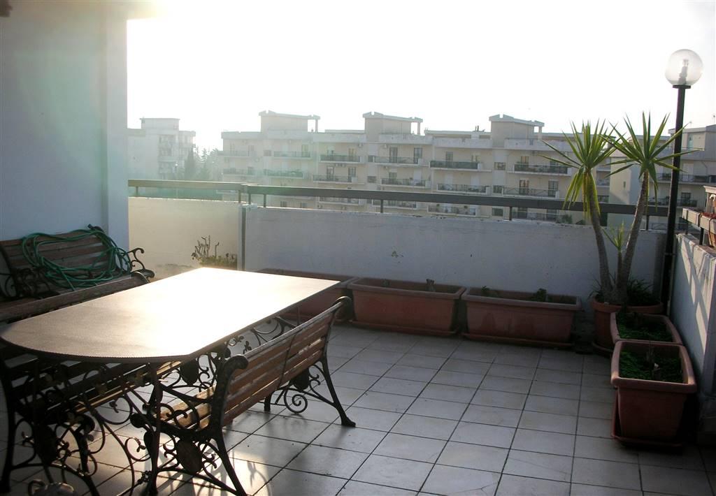 Attico / Mansarda in vendita a Canosa di Puglia, 4 locali, prezzo € 175.000 | CambioCasa.it