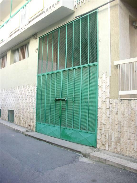 Box / Garage in vendita a Canosa di Puglia, 1 locali, prezzo € 14.000 | CambioCasa.it