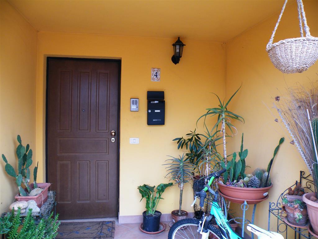 Soluzione Indipendente in vendita a Montepulciano, 10 locali, prezzo € 189.000 | CambioCasa.it