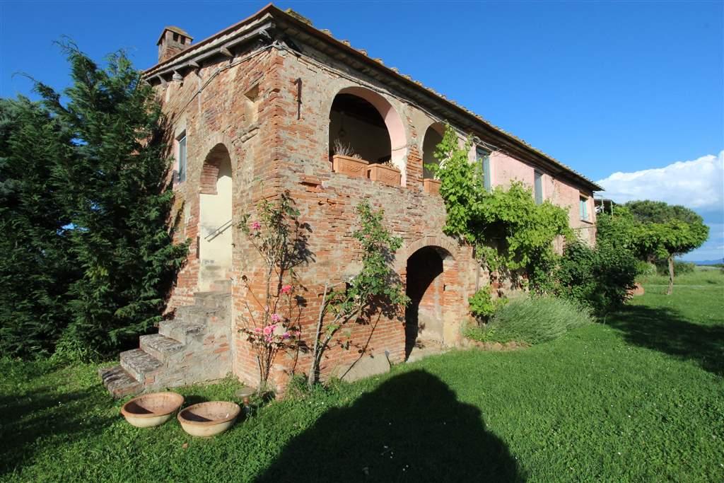 Rustico casale, Cortona, ristrutturato