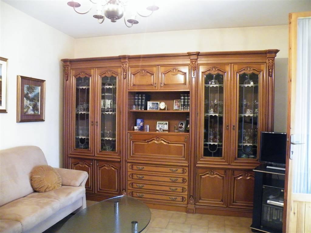 Appartamento in vendita a Montepulciano, 5 locali, zona Zona: Valiano, prezzo € 150.000 | CambioCasa.it