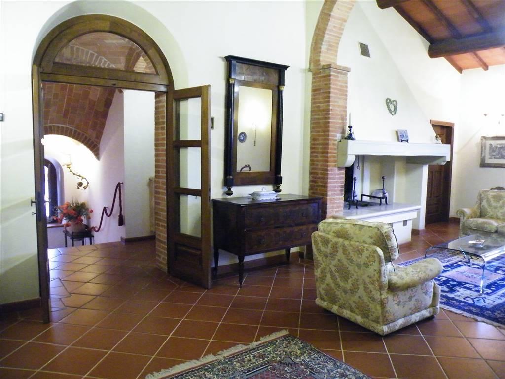 Rustico / Casale in vendita a Torrita di Siena, 15 locali, Trattative riservate | Cambio Casa.it