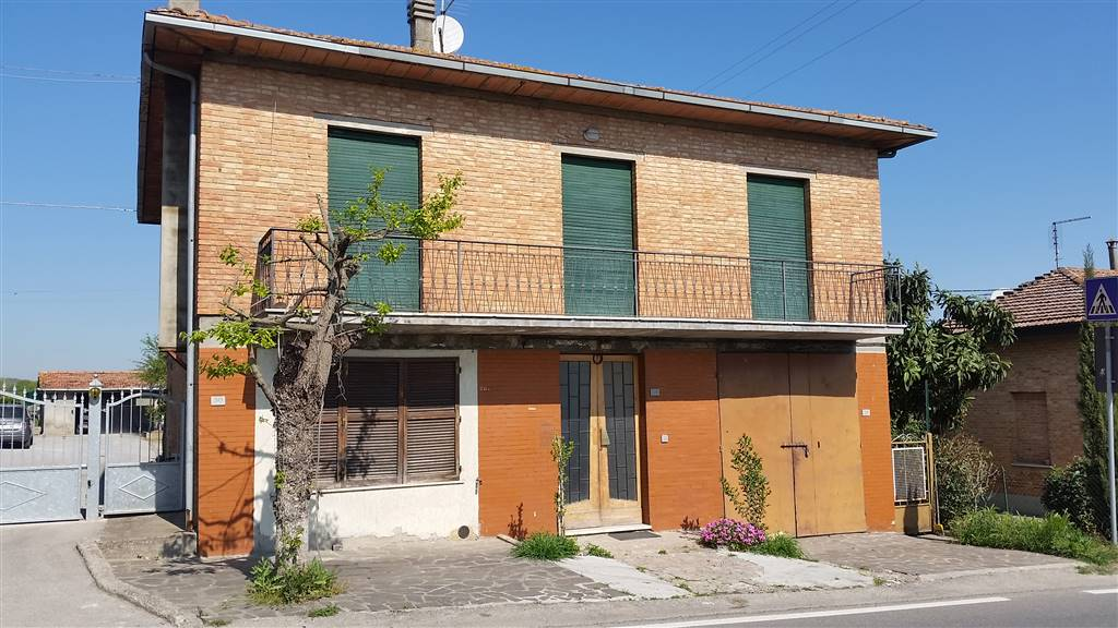Soluzione Indipendente in vendita a Montepulciano, 8 locali, zona Località: SAN SAVINO, prezzo € 115.000 | CambioCasa.it