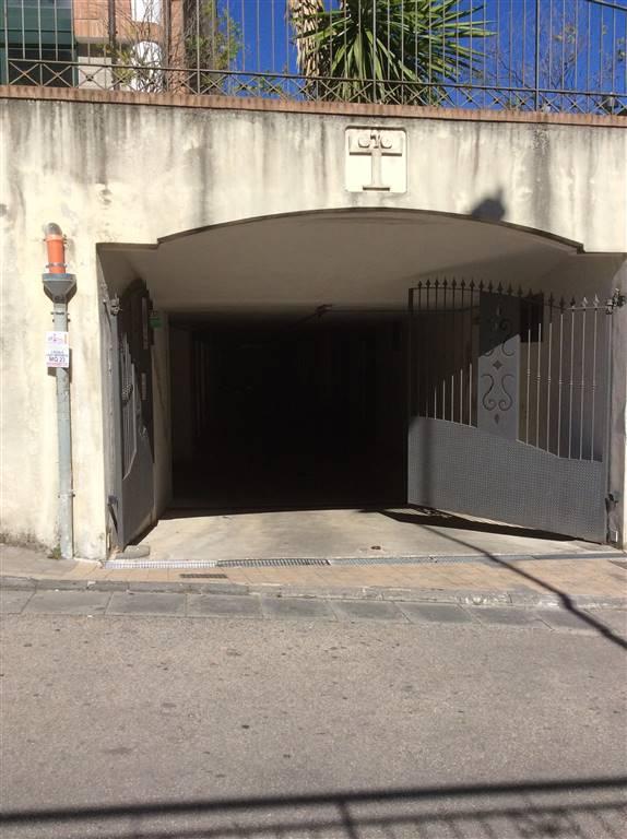 Box / Garage in affitto a Giffoni Valle Piana, 1 locali, zona Zona: Mercato, prezzo € 180 | Cambio Casa.it
