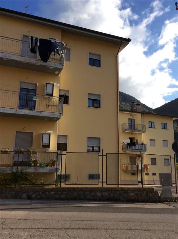 Appartamento in vendita a Giffoni Valle Piana, 3 locali, zona Zona: Vassi, prezzo € 110.000 | Cambio Casa.it