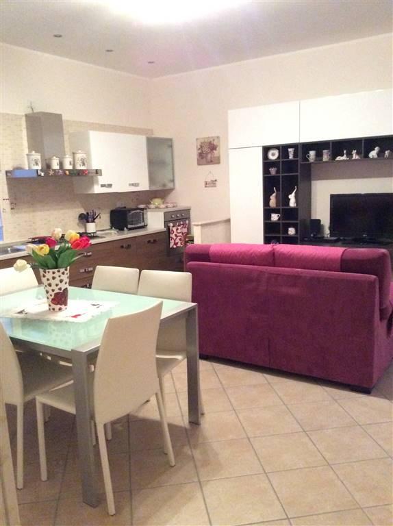 Appartamento in vendita a Giffoni Valle Piana, 3 locali, zona Zona: Curticelle, prezzo € 110.000 | CambioCasa.it