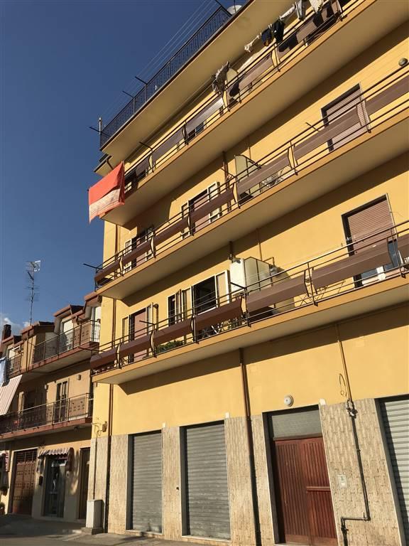 Appartamento in affitto a Giffoni Sei Casali, 4 locali, zona Località: PREPEZZANO, prezzo € 450 | CambioCasa.it