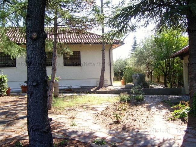 Villa in Vendita a San Quirico d'Orcia