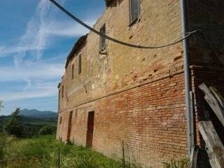 Azienda Agricola in vendita a Chianciano Terme, 6 locali, zona Località: CHIANCIANO TERME, prezzo € 1.200.000   CambioCasa.it