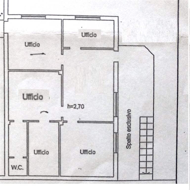 Ufficio / Studio in affitto a Chianciano Terme, 6 locali, prezzo € 600 | CambioCasa.it
