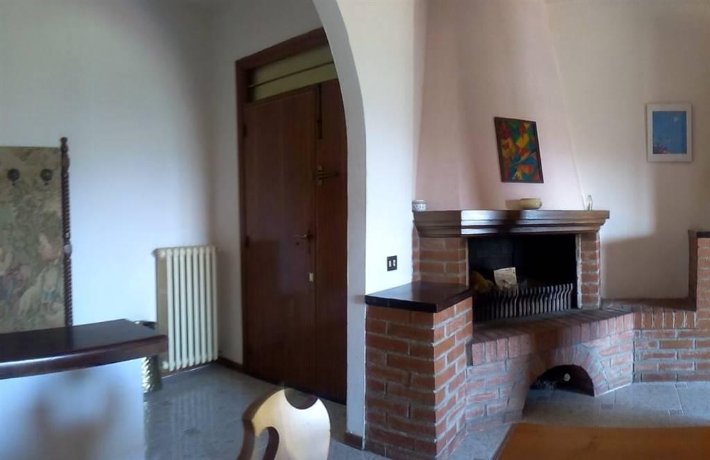 Attico / Mansarda in vendita a Chiusi, 7 locali, zona Località: CHIUSI, prezzo € 160.000 | CambioCasa.it