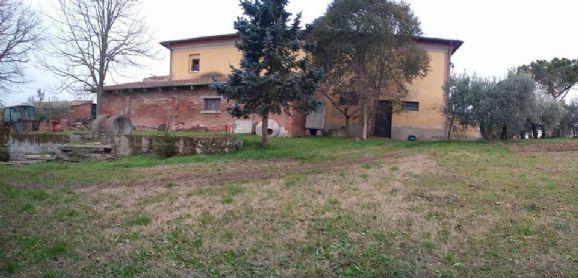 Rustico / Casale in vendita a Chianciano Terme, 15 locali, zona Località: CHIANCIANO TERME, prezzo € 400.000 | CambioCasa.it