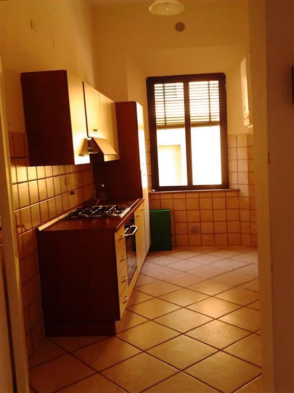 Appartamento in affitto a Chiusi, 5 locali, zona Zona: Chiusi Scalo, prezzo € 450   CambioCasa.it