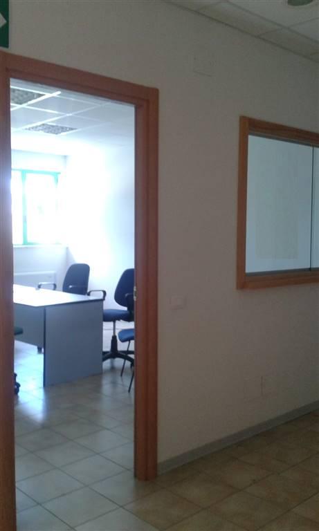 Ufficio / Studio in affitto a Montepulciano, 5 locali, prezzo € 420 | CambioCasa.it