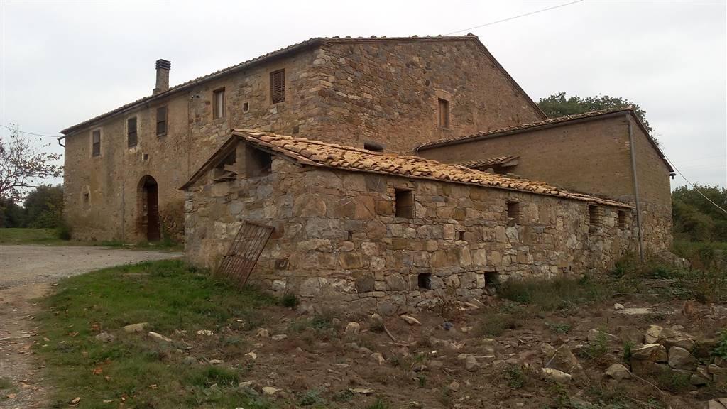 Agriturismo in vendita a Montalcino, 12 locali, Trattative riservate | CambioCasa.it