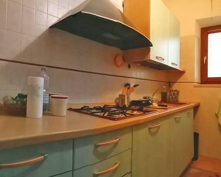 Appartamento in vendita a Sinalunga, 3 locali, zona Località: SINALUNGA, prezzo € 85.000 | CambioCasa.it