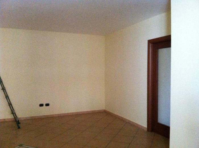 Appartamento in vendita a Recale, 4 locali, prezzo € 160.000 | Cambio Casa.it