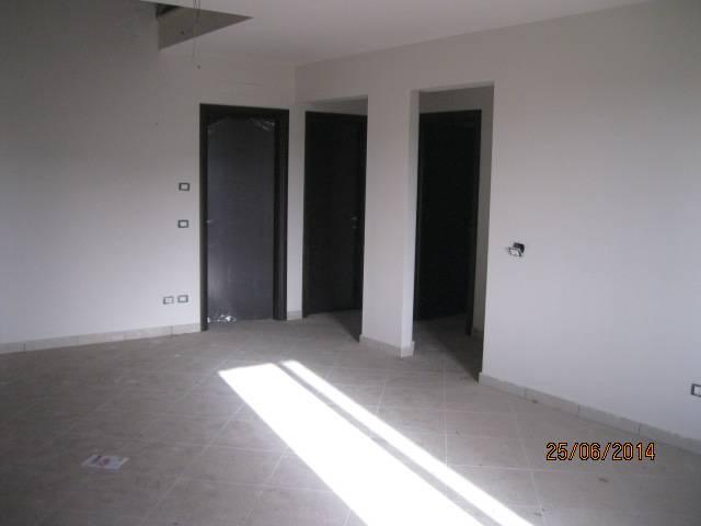 Appartamento in vendita a Marcianise, 4 locali, prezzo € 160.000 | Cambio Casa.it