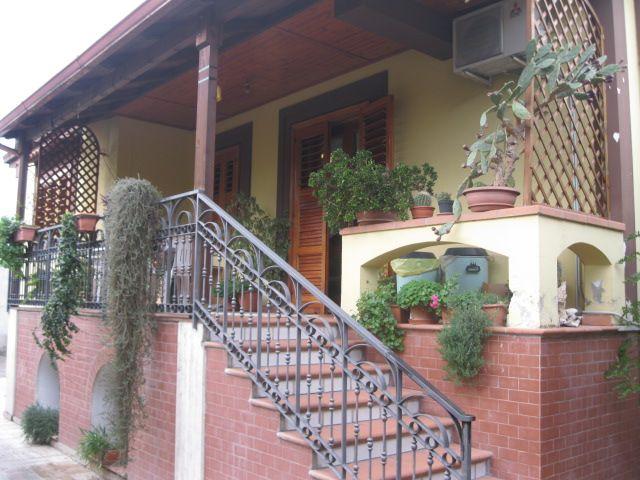 Villa in vendita a Capodrise, 6 locali, prezzo € 420.000 | CambioCasa.it