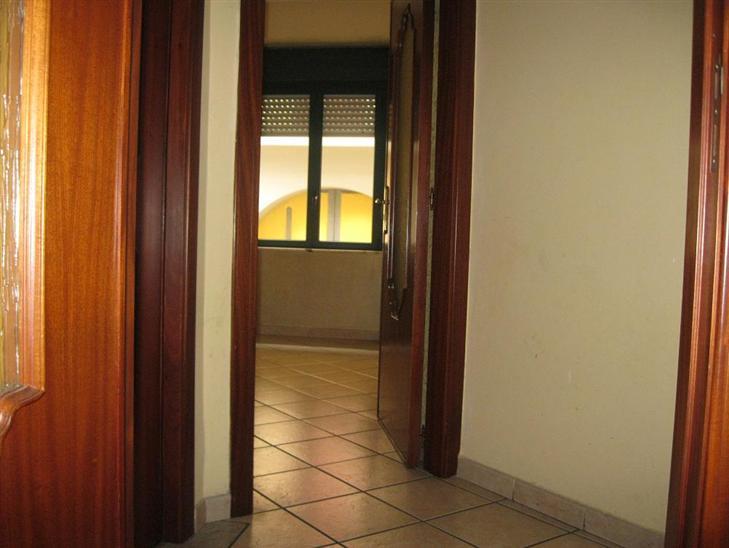 Appartamento in vendita a Marcianise, 3 locali, prezzo € 100.000 | Cambio Casa.it