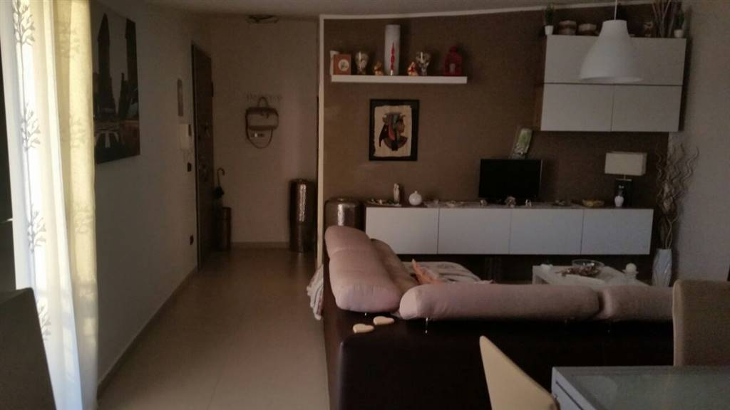 Attico / Mansarda in affitto a Marcianise, 3 locali, prezzo € 350 | Cambio Casa.it