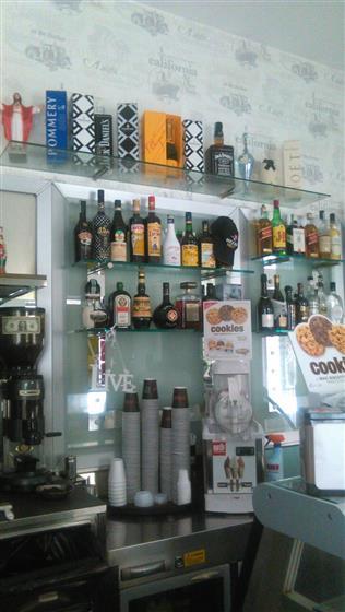 Bar in vendita a Marcianise, 1 locali, zona Località: CENTRO STORICO, prezzo € 40.000 | CambioCasa.it