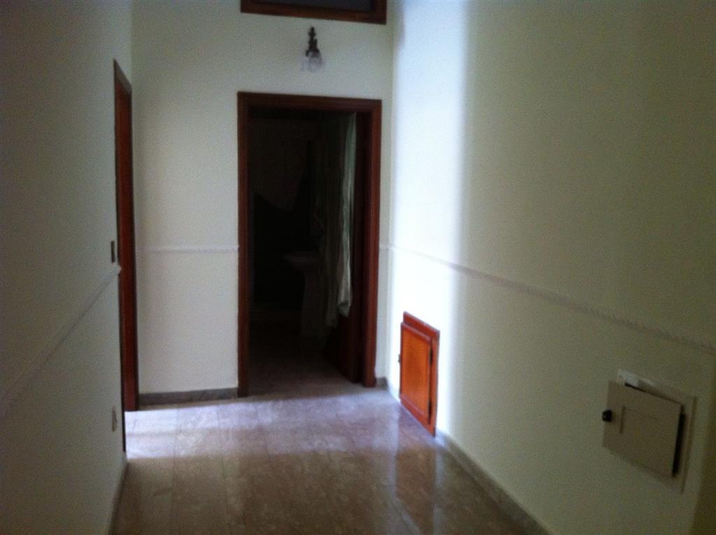 Appartamento in affitto a Marcianise, 4 locali, zona Località: SAN GIULIANO, prezzo € 350 | Cambio Casa.it