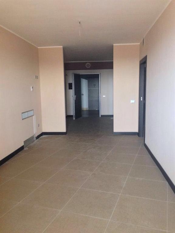 Ufficio / Studio in vendita a Marcianise, 3 locali, prezzo € 160.000 | Cambio Casa.it