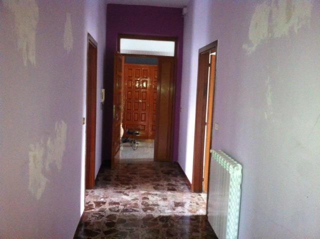 Appartamento in affitto a Marcianise, 3 locali, prezzo € 350 | Cambio Casa.it