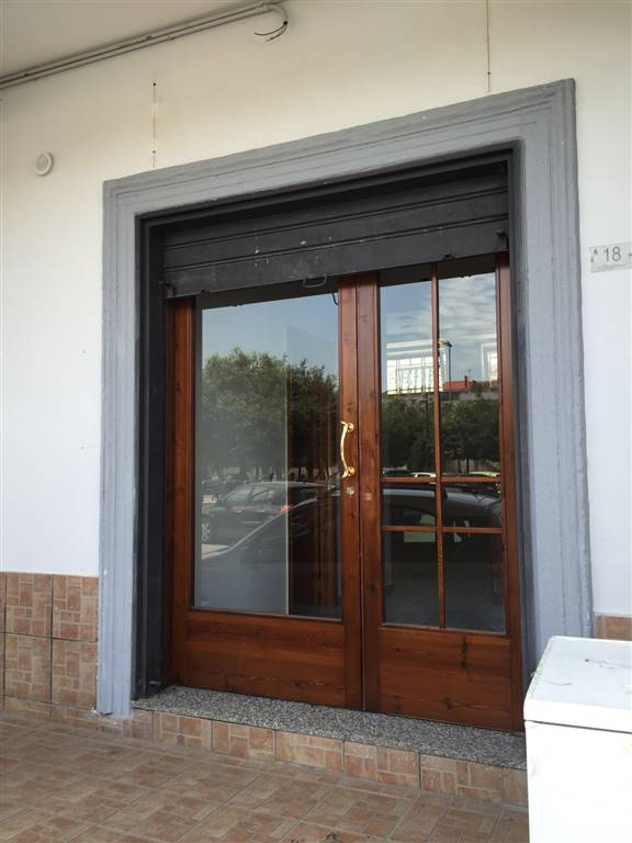 Attività / Licenza in affitto a Capodrise, 2 locali, prezzo € 550 | Cambio Casa.it