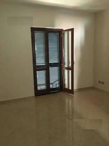 Appartamento in affitto a Capodrise, 4 locali, prezzo € 380 | Cambio Casa.it