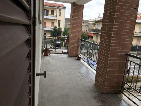 Appartamento in affitto a Capodrise, 3 locali, prezzo € 360 | Cambio Casa.it